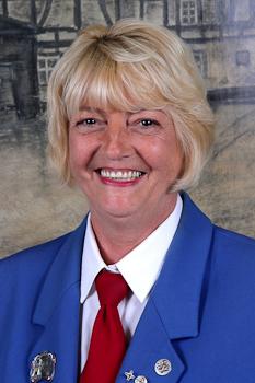 Zeremonienmeister Ingrid Lanzerath